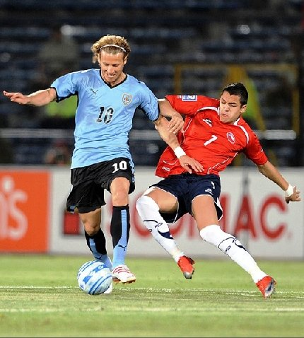 Forlan contra Chile