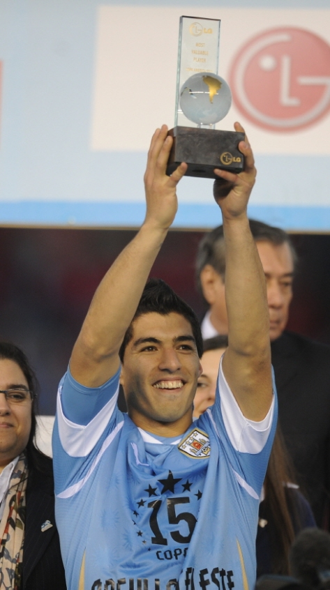 Luis Suarez Best Player at the Copa America 2011