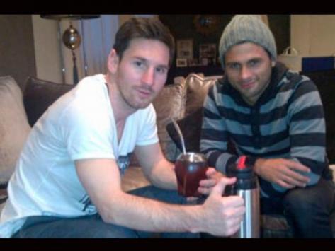 Messi tomando mate'