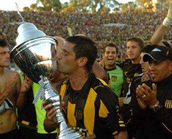 Tony Pacheco Campeon
